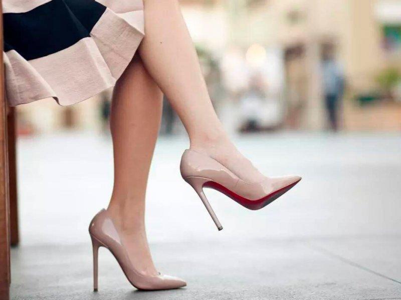 Туфли бежевого цвета – новая модная тенденция